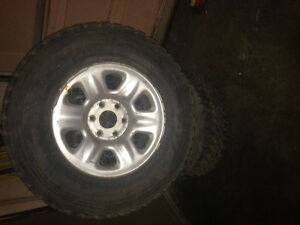 5 Toyo M-55 winter tires with rims