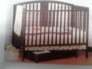 Crib 3 in 1 Excellent Condition
