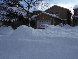 Great Location at Sawmill Valley Drive, Mississauga