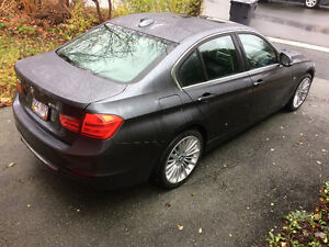 2013 BMW 3-Series Luxury Line Sedan