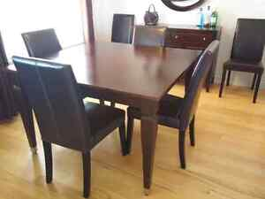 Canadel Dining Set in Dark Brown/Cherry with 6 Chairs
