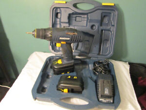 mastercraft , battery operated drill and case