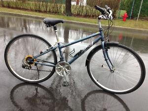 Vélo hybride MIELE