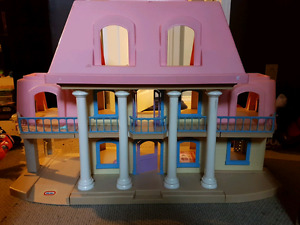 Early 90s little tikes grand mansion
