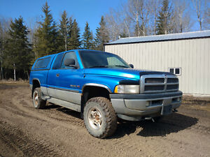 2001 Dodge Power Ram 2500 Laramie slt Pickup Truck
