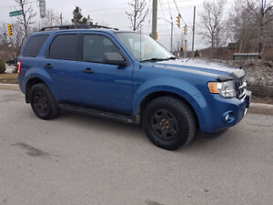 2010Ford Escape, certified and E tested