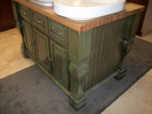 Kitchen Island - Beautiful, Solid Maple & Butcher Block Top