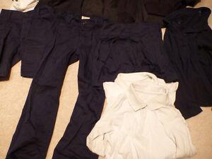 Childventures Girl JK/SK Uniform set Oakville / Halton Region Toronto (GTA) image 2