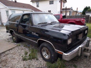 1989 Dodge Ramcharger Cummins project and parts