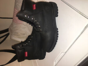 All black timberlands waterproof size 9 just