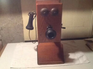 VINTAGE WOODEN WALL PHONE. 053