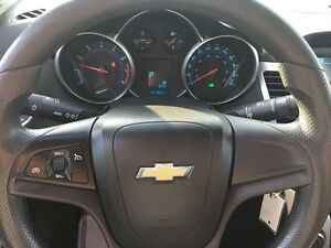 2011 CHEVROLET CRUZE 1LT * SUNROOF * PREMIUM CLOTH SEATING * POW London Ontario image 16