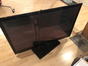 """TV LG Plasma 42"""" - Modèle 42PJ550"""