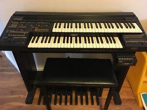Yamaha Electrone HE-8 Organ