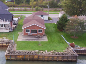 JUST LISTED! 1252 SHORELINE - LAKESHORE REAL ESTATE FOR SALE