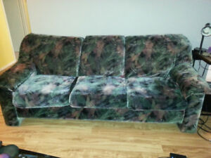 Sofa et causeuse / Couch and loveseat