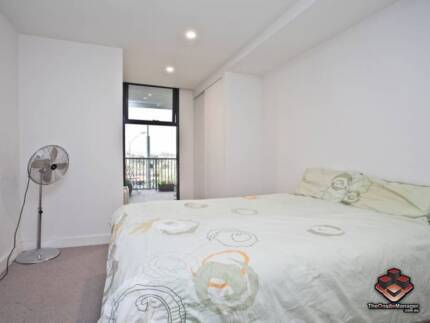 ID 3866128 - Modern Apartment - Convenient Location