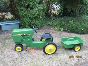 ***DO YOU REMEMBER JOHN DEERE PEDAL TRACTORS FROM THE 60s?