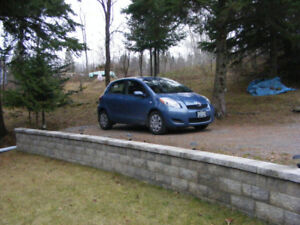 2009 LE 4 door Automatic Yaris 2009