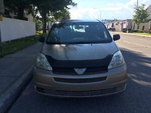 TOYOTA SIENNA 2004 FULL OPTION  PERFECT MECHANIC NO RUST