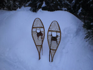 wanted ....snowshoes, old wooden,  unusable ...  for free