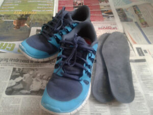 NIKE running shoes size 11.5