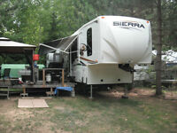 GREAT DEAL    41' Fifth Wheel