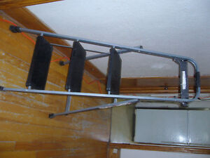Escabeau/Stepladder Metal 3 Steps, almost new. Used just a few t