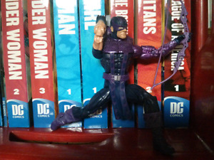 Marvel Hawkeye action figure