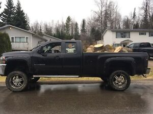 2011 duramax LTZ LOW KMS lifted Prince George British Columbia image 6