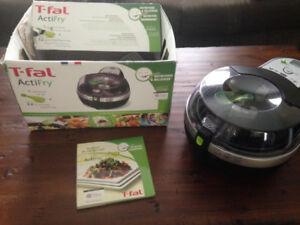 T-FAL ACTIFRY (FAMILY SIZED)
