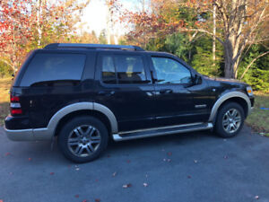 2007 Ford Explorer Eddie Bauer Edition AWD