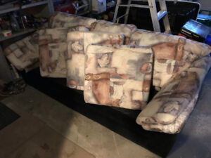 Sofa in Good Conditions - Sold because of narrow entrance
