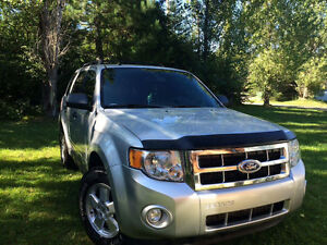 Ford Escape 2011 XLT Négociable