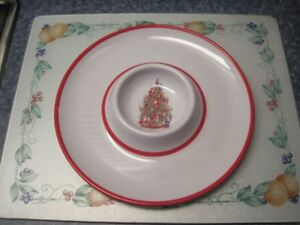 Festive Melamine Serving Platters For Sale.