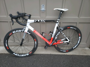 BMC Road bicycle with full Ultegra groupset