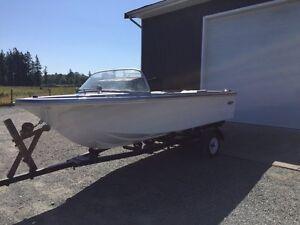 16' Classic Runabout
