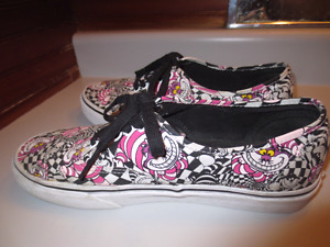 Vans Alice In Wonderland Authentic Cheshire Cat Skate Shoes