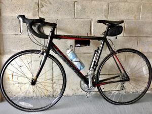 Road Bike | Cannondale CAAD 8 | 56 CM | Shimano