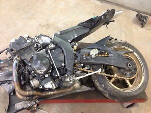 2009 YAMAHA R6 STREETBIKE PARTING OUT