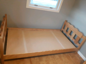 Solid wood Twin Bed