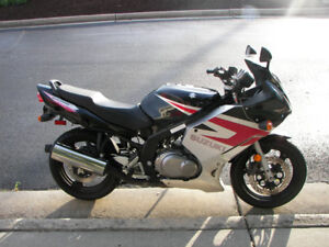 To Buy A 2004 + up SUZUKI GS500F with motor damage.