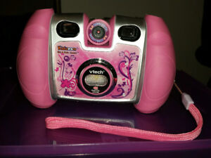 Kids Vtech KidiZoom Digital Camera with games, easy Selphie