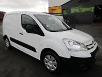 NO VAT Citroen Berlingo 1.6HDi LX low mileage van with full service history (34)