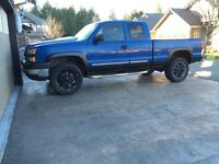 2005 chev2500 hd 4x4 trade for wrecker or???