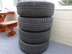 Tires and Rims: 215/60R 16