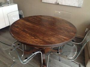 Dining table - wood, round