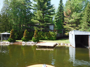 COTTAGE FOR SALE on ICE CHEST LAKE