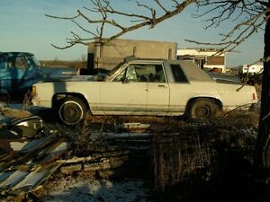 1986 FORD CROWN VICTORIA LX 2 DR