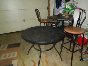 pub table indoor/outdoor and stools Sarnia Sarnia Area image 2